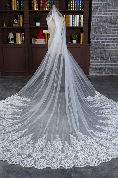 3.8 Meters Long Wedding Veils, Cheap Beige Lace Wedding Veils, In stock Luxury Lace Bridal Veils, 2017 New Design Lace Veils With Comb, China Wedding Accessroies For Brides, Long Train Church Marriage Wedding Acceeroies.