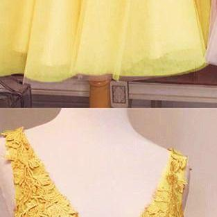 2020 Short Sexy Lace Appliques Beaded A Line Women Party Dress Short Yellow Tulle V Neck Prom Dress Formal Short Evening Dresses Custom Size